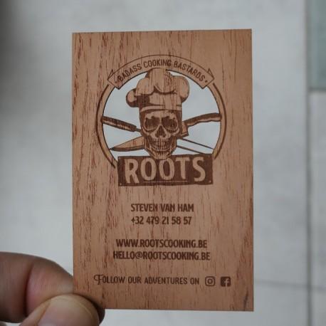 Cartes de visite en bois gravées